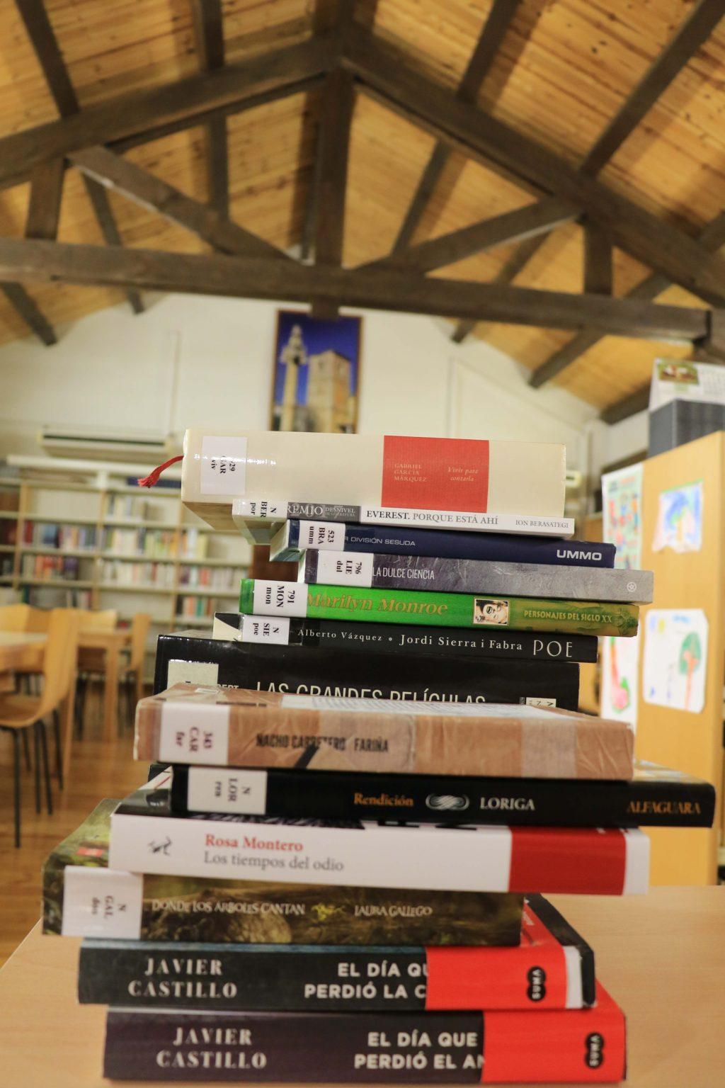 Foto de La Biblioteca de Fuentenovilla consulta a sus socios para la