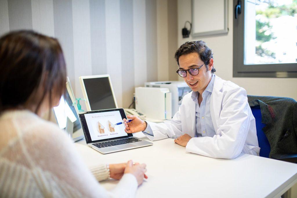 Foto de Doctor Javier Collado - Especialista en Mamoplastia
