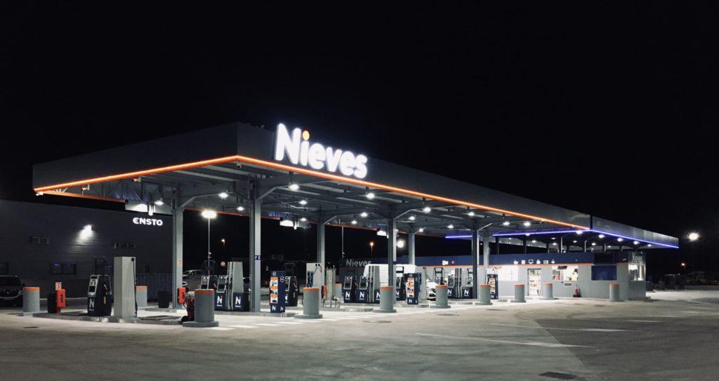 Foto de Gasolinera Nieves Llers