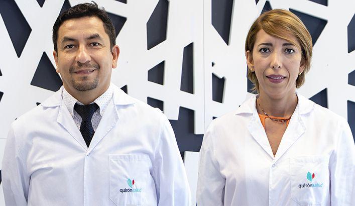 Foto de FOTO: Los oftalmólogos Héctor Fariña y Lourdes Ruiz